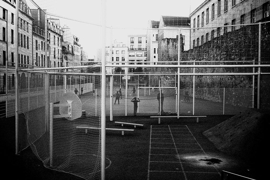paris-street-438-by-leingad-dbu80op.jpg