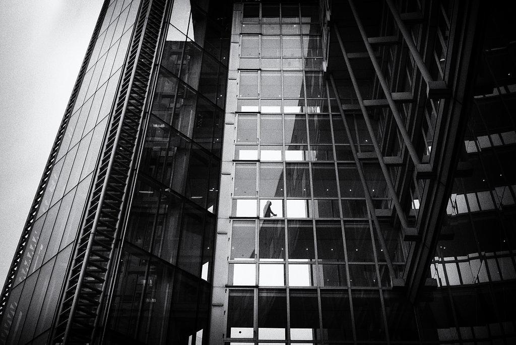 paris-street-479-by-leingad-dbzooeh.jpg